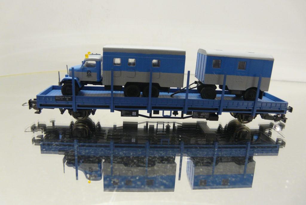 CS train , + V3S s privesom 50,-