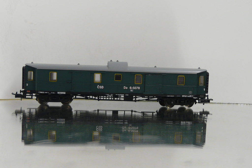 P1200087
