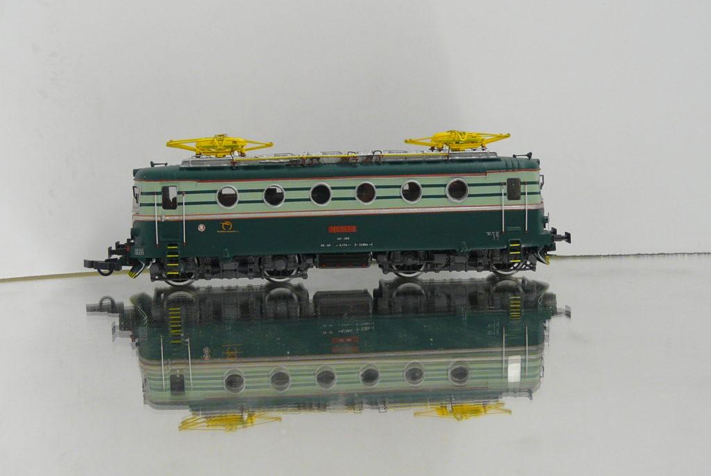 P1200453