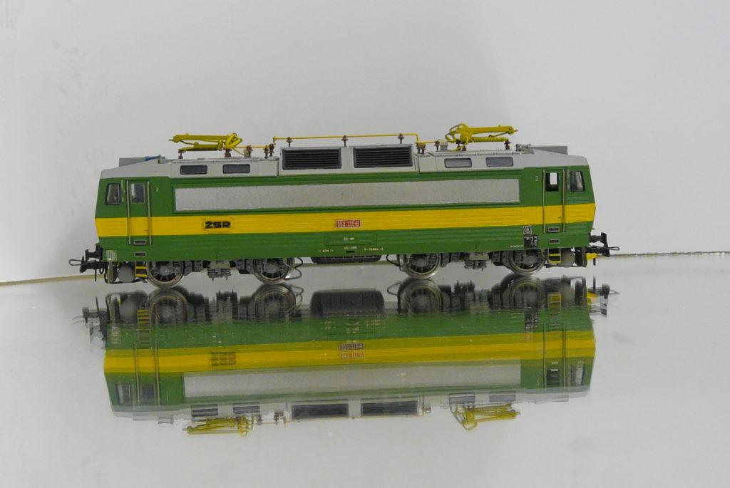 P1200458