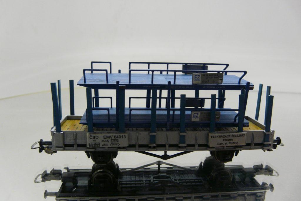 PIKO, EMV 64 013 +plosinovy stojan 38,-