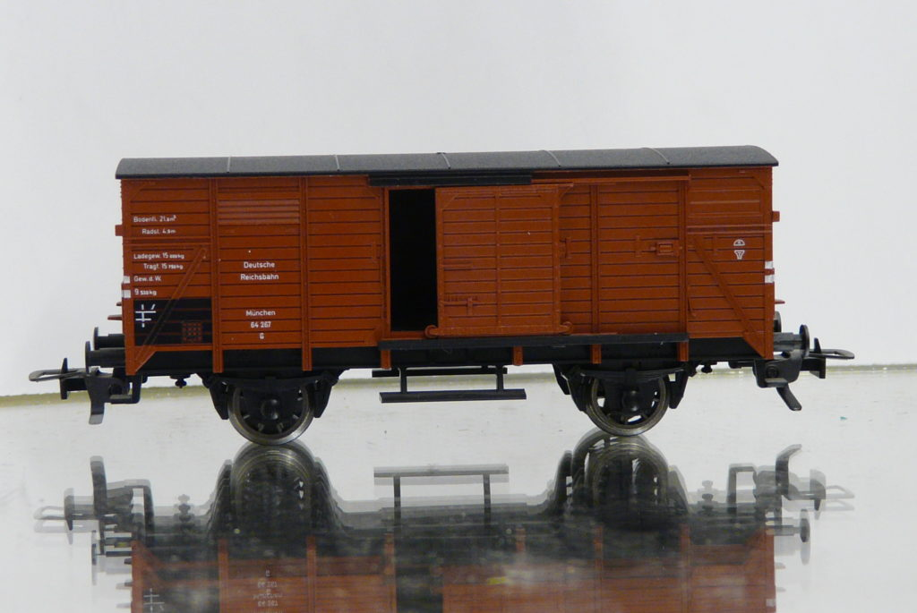 P1210483